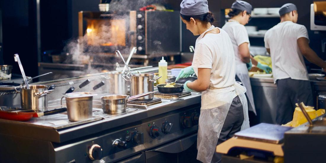 5 vantagens de ter um forno inteligente em seu negócio